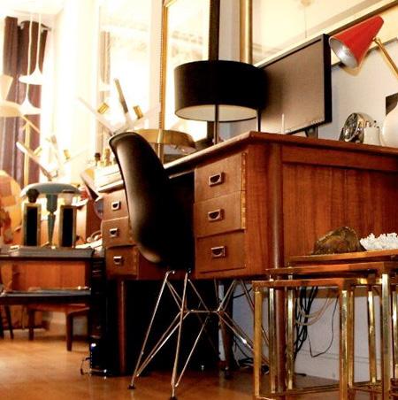 Nitel tu tienda de antigüedades del siglo XX