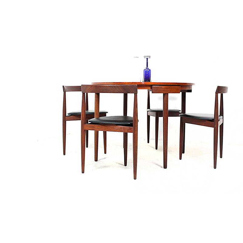 Juego de sillas y mesa hans olsen nitelshop for Juego de mesa y sillas