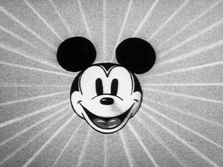 Felicidades Mickey Mouse!!!