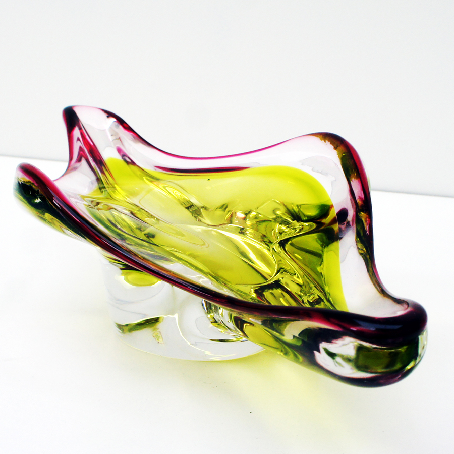 Mid-Century Italian Yellow and Pink Murano Glass Bowl, 1960s