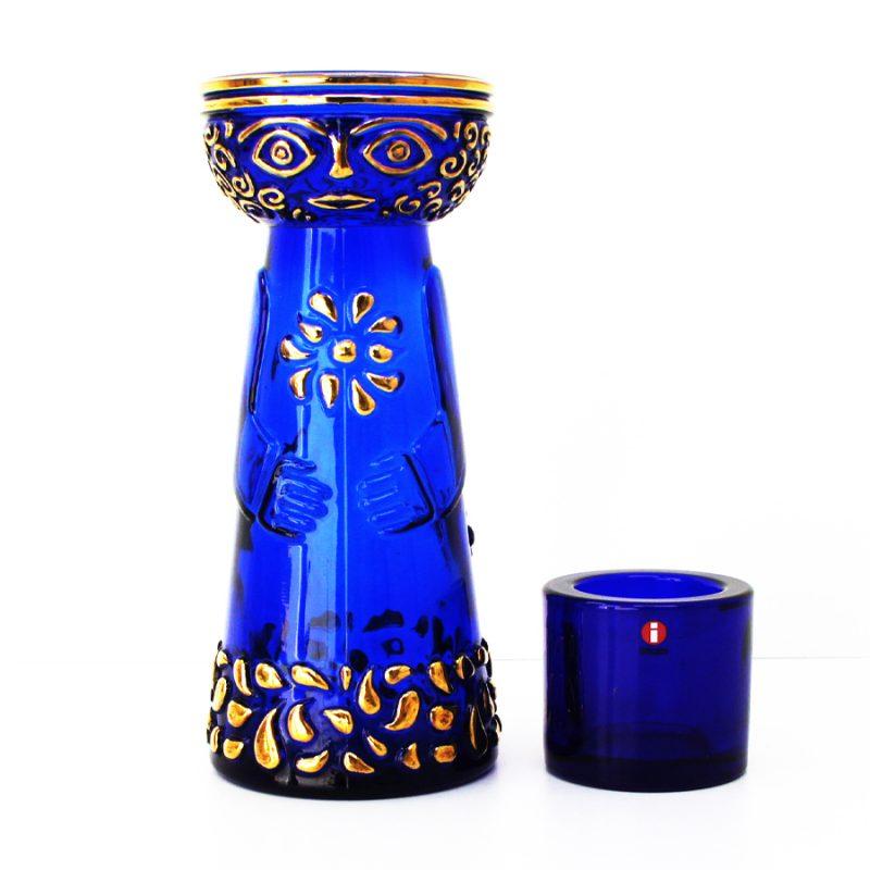 Jarrón escandinavo y candelero Marimekko en color azul