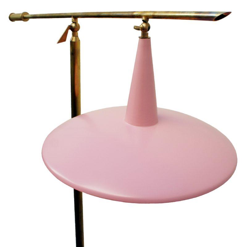 Lámpara italiana años 50s de suelo en color rosa