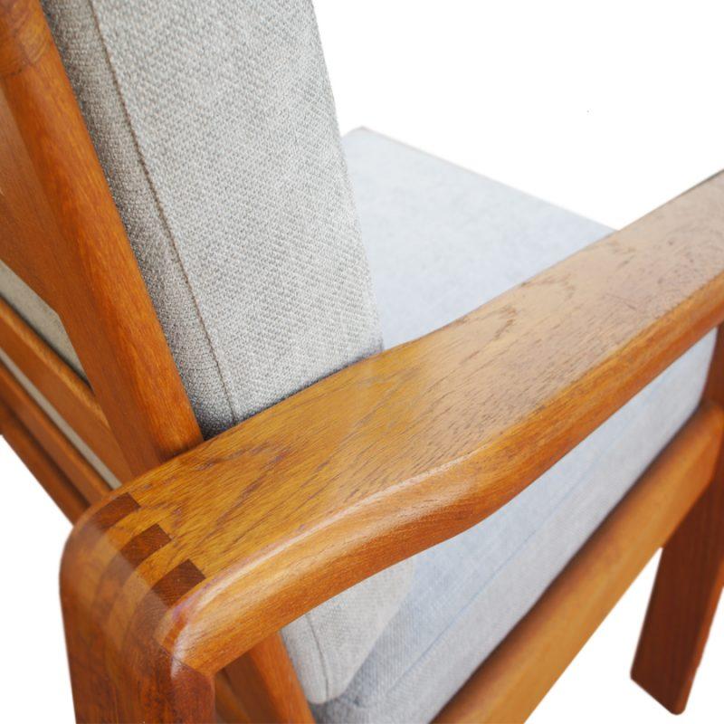 Juego de sillones y escabel escandinavos